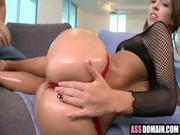 Lubricating Jada Stevens buns with oil gets bitch going, & she consents on third base! )))