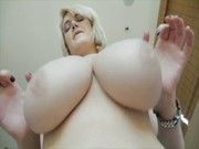 Plump blonde Siri in elite black underneath waits for lecher, kisses him and punishes! )))