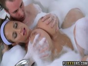 Splasing with Eva Notty in fomay bath, a guy applies his hands upon mature's ig boobies