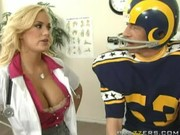 Lovely sex bitch Shyla Styles makes a surprise for football player in form of dirty fuckin