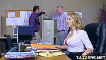 A boss demands new economic results, but Kagney Linn can't provide, but only private sect